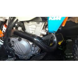 PROTECTOR DE COLECTOR DE ESCAPE CARBONO RACING KTM / HUSQVARNA 2017 - 2019